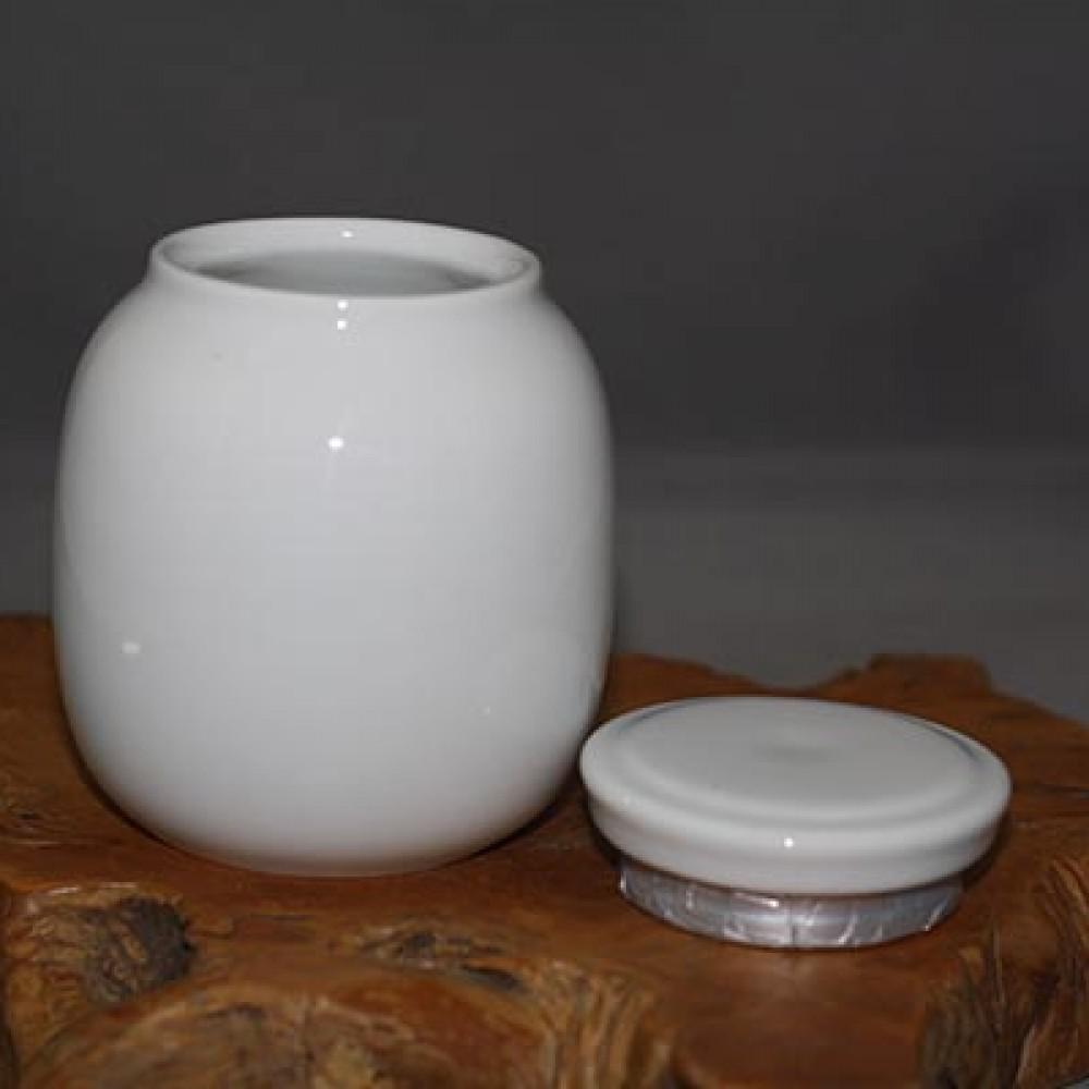 白瓷2兩茶葉罐